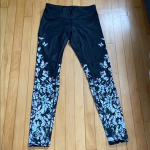 Alo Yoga leggings, with butterfly design, Small